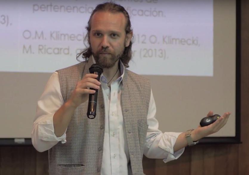 Gonzalo Brito, psicólogo clínico, experto en el tema de cultivar la compasión